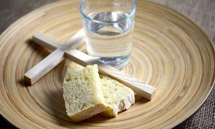 Avondmaal in coronatijd 'op water en brood'