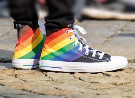 GEWIJZIGDE TIJDEN  –  Pride Pelgrimage van Utrecht naar Amsterdam